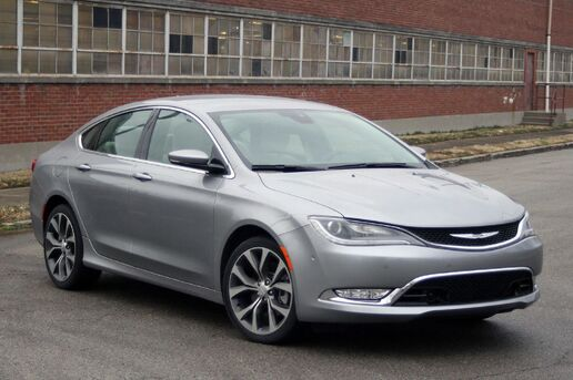 2015_CHRYSLER_200_LIMITED_ Toledo OH