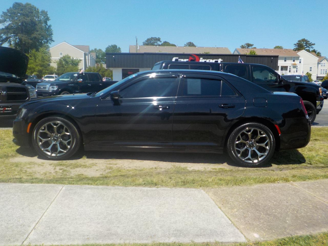 2015 CHRYSLER 300 S, NAVIGATION, PARKING SENSORS, SUNROOF, REMOTE START, BLUETOOTH, UCONNECT! Virginia Beach VA