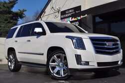 Cadillac Escalade Luxury 4x4/Head Up Display/Navigation/Rear Entertainment/Blind Spot Assist/HID Xenon Lighting/Power Folding Second & Third Rows/Wireless Charging Pad 2015