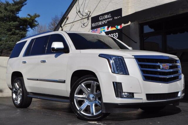 2015 Cadillac Escalade Luxury 4x4/Head Up Display/Navigation/Rear Entertainment/Blind Spot Assist/HID Xenon Lighting/Power Folding Second & Third Rows/Wireless Charging Pad Nashville TN