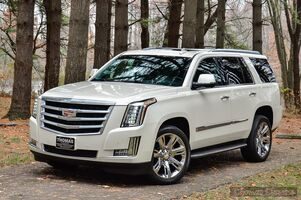 2015_Cadillac_Escalade_Luxury_ Akron OH