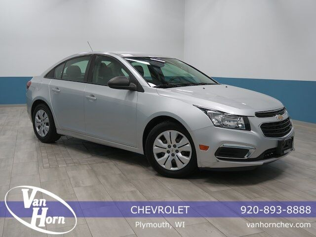 2015 Chevrolet Cruze LS Plymouth WI