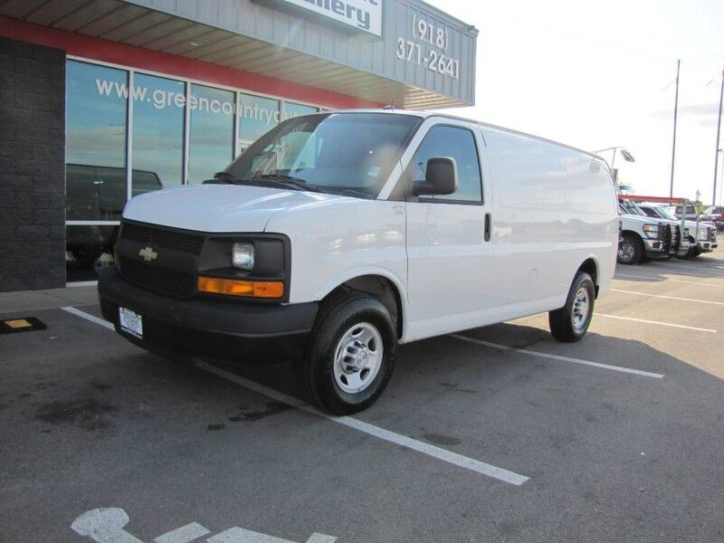 2015 Chevrolet Express 3500 Cargo Van Tommy Lift