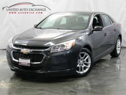 2015_Chevrolet_Malibu_LT / Ecotech 2.5L Engine / FWD / Bluetooth / Rear View Camera / Remote Start_ Addison IL