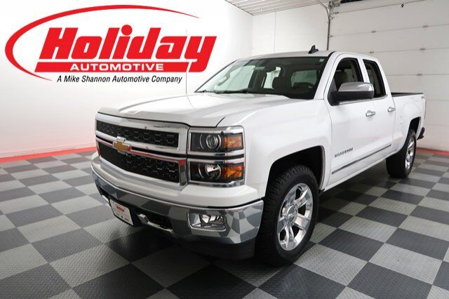 vehicle details 2015 chevrolet silverado 1500 at holiday automotive fond du lac holiday. Black Bedroom Furniture Sets. Home Design Ideas