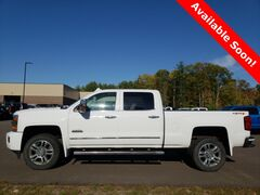 2015 Chevrolet Silverado 2500HD 4X4 Crew Cab High Country Video