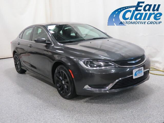 2015 Chrysler 200 4dr Sdn Limited FWD Altoona WI