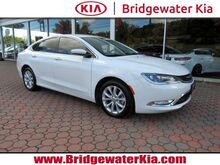 2015_Chrysler_200_C Sedan,_ Bridgewater NJ
