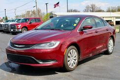 2015_Chrysler_200_LX_ Fort Wayne Auburn and Kendallville IN