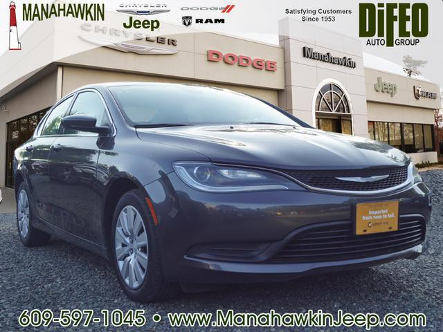 2015 Chrysler 200 LX