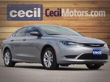 2015_Chrysler_200_Limited_  TX