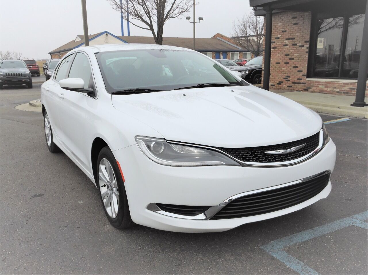 2015 Chrysler 200 Limited 4dr Sedan Chesterfield MI
