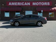 2015_Chrysler_200_Limited_ Brownsville TN