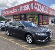 2015_Chrysler_200_Limited_ Brownsville TX
