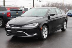 2015_Chrysler_200_Limited_ Fort Wayne Auburn and Kendallville IN