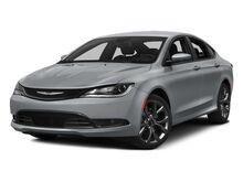 2015_Chrysler_200_Limited_ Gilbert AZ