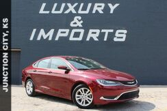 2015_Chrysler_200_Limited_ Leavenworth KS