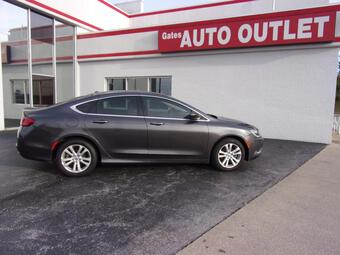 2015_Chrysler_200_Limited_ Richmond KY