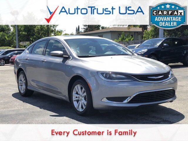 2015 Chrysler 200 Limited SUNROOF BACKUP CAM BLUETOOTH LOW MILES Miami FL