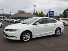 2015_Chrysler_200_Limited_ Salem OR