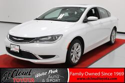 2015_Chrysler_200_Limited_ St. Cloud MN
