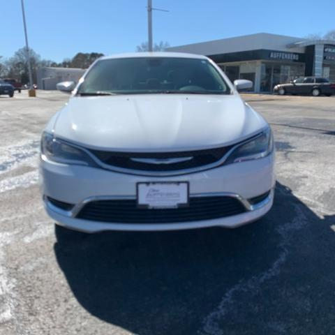 2015 Chrysler 200 Limited Carbondale IL