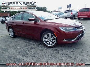 2015_Chrysler_200_Limited_ Cape Girardeau
