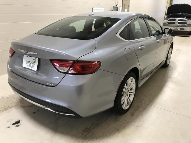 2015 Chrysler 200 Limited Plover WI
