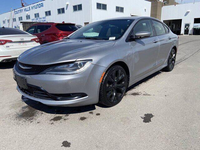 2015 Chrysler 200 S Calgary AB