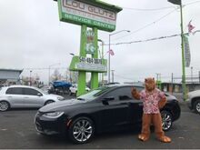 2015_Chrysler_200_S_ Eugene OR