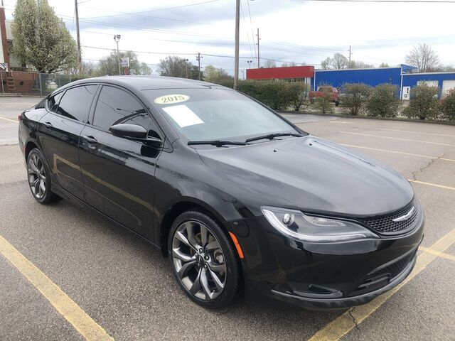 2015 Chrysler 200 S Frankfort KY