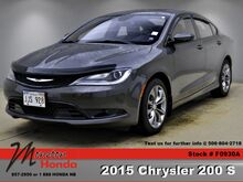 2015_Chrysler_200_S_ Moncton NB