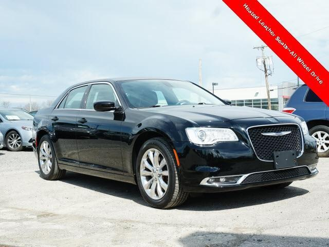 2015 Chrysler 300 4dr Sdn Limited AWD Cranberry Twp PA