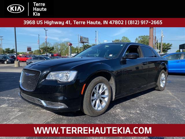 2015 Chrysler 300 4dr Sdn Limited RWD Terre Haute IN