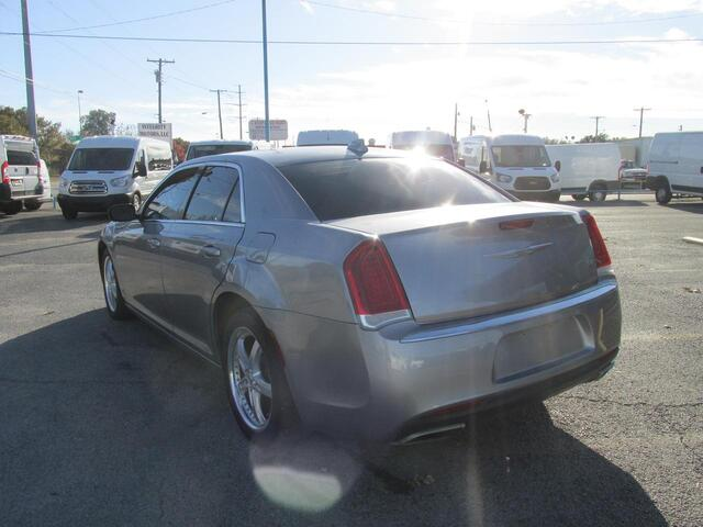 2015 Chrysler 300 Limited Dallas TX