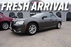 2015_Chrysler_300_Limited_ Mission TX