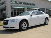 2015_Chrysler_300_Limited RWD, LEATHER, BLUEOOTH, HTD SEATS, WIFI HOTSPOT, PUSH BUTTON START, KETYLESS ENTRY_ Plano TX