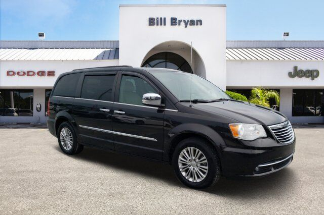 2015 Chrysler Town & Country  Leesburg FL