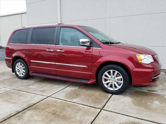 2015 Chrysler Town & Country Limited Platinum Chattanooga TN