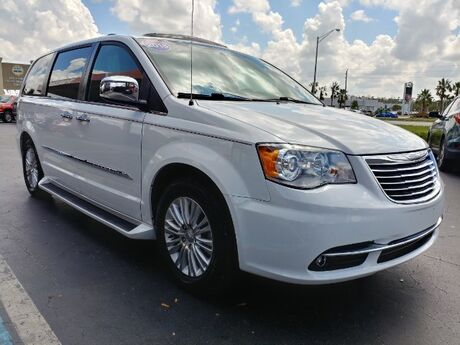 2015 Chrysler Town & Country Limited Platinum Fort Myers FL