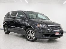 2015_Chrysler_Town & Country_S 1 Owner Nav 2 Keys 2 TV's_ Hickory Hills IL
