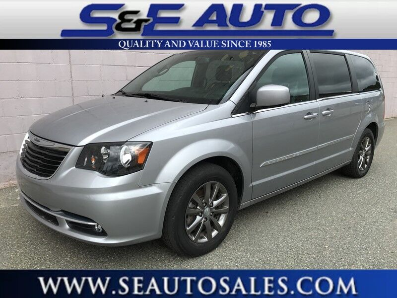 2015 Chrysler Town & Country S Weymouth MA