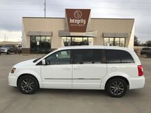 2015_Chrysler_Town & Country_S_ Wichita KS