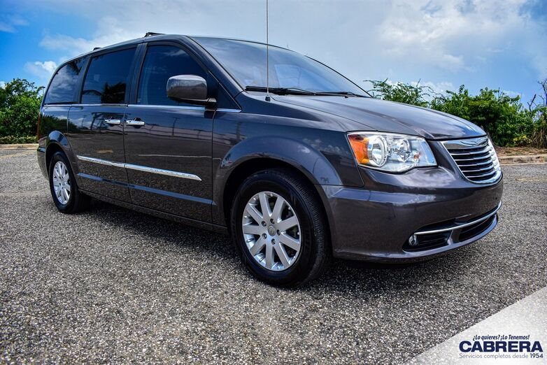 2015 Chrysler Town & Country Touring Arecibo PR