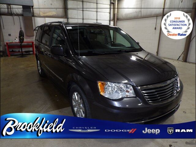 2015 Chrysler Town & Country Touring Benton Harbor MI