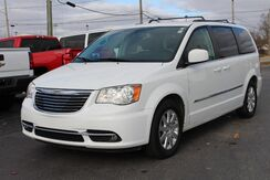 2015_Chrysler_Town & Country_Touring_ Fort Wayne Auburn and Kendallville IN