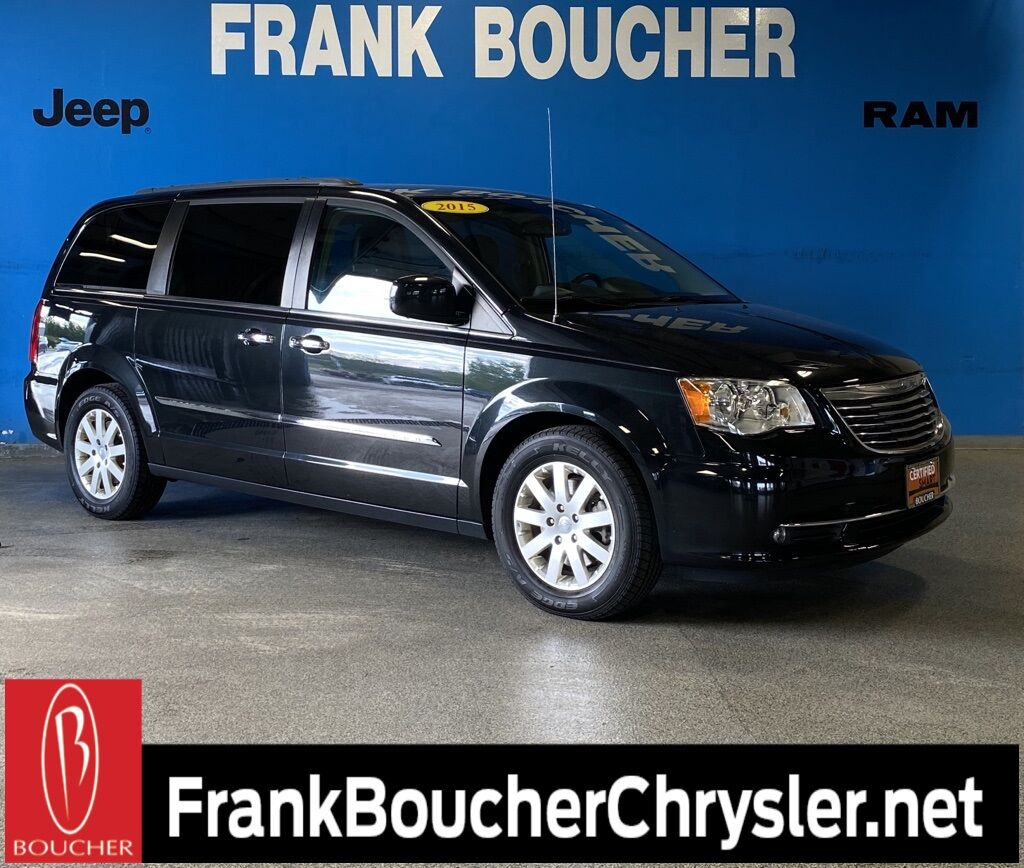 2015 Chrysler Town & Country Touring Janesville WI