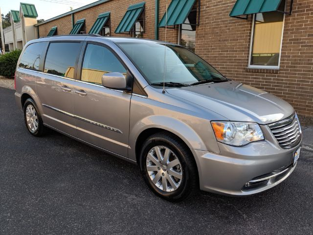 2015 Chrysler Town & Country Touring Knoxville TN