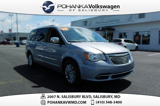 2015 Chrysler Town & Country Touring-L ** NAV & REAR ENTERTAINMENT ** MUST SEE ** Salisbury MD