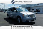 2015 Chrysler Town & Country Touring-L ** NAV & REAR ENTERTAINMENT ** MUST SEE **